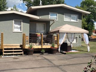 Photo 2: 9847 106 Street: Westlock House for sale : MLS®# E4189572