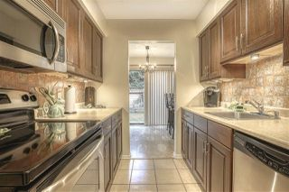 """Photo 3: 2300 10620 150TH Street in Surrey: Guildford Townhouse for sale in """"LINCOLNS GATE"""" (North Surrey)  : MLS®# R2442302"""