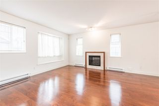 """Photo 4: 22 9628 FERNDALE Road in Richmond: McLennan North Townhouse for sale in """"SONATA PARK/MCLENNAN NORTH"""" : MLS®# R2466644"""