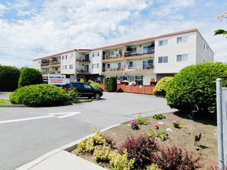 """Main Photo: 102A 3043 270 Street in Langley: Aldergrove Langley Condo for sale in """"ALDERVIEW MANOR"""" : MLS®# R2468747"""