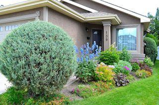 Photo 3: 139 DOUGLASVIEW Bay SE in Calgary: Douglasdale/Glen Detached for sale : MLS®# A1016646