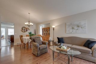 Photo 4: 139 DOUGLASVIEW Bay SE in Calgary: Douglasdale/Glen Detached for sale : MLS®# A1016646