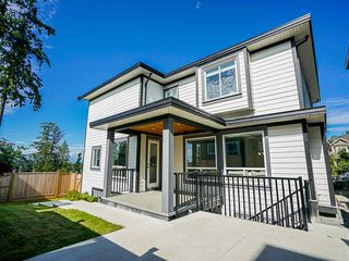 Photo 25: 3593 150 Street in Surrey: House for sale : MLS®# R2471865
