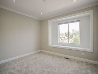 Photo 17: 3593 150 Street in Surrey: House for sale : MLS®# R2471865