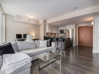 Photo 8: 1301 519 RIVERFRONT Avenue SE in Calgary: Downtown East Village Apartment for sale : MLS®# A1035711