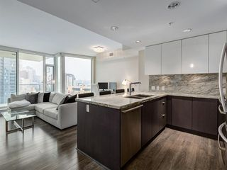 Photo 2: 1301 519 RIVERFRONT Avenue SE in Calgary: Downtown East Village Apartment for sale : MLS®# A1035711