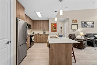 Photo 4: 301 100 Presley Pl in : VR Six Mile Condo for sale (View Royal)  : MLS®# 859587