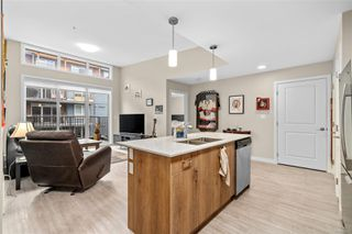 Photo 5: 301 100 Presley Pl in : VR Six Mile Condo for sale (View Royal)  : MLS®# 859587