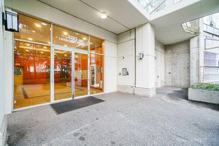 Photo 3: 1010 2733 CHANDLERY Place in Vancouver: South Marine Condo for sale (Vancouver East)  : MLS®# R2525143