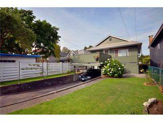 Photo 10: 4602 WINDSOR Street in Vancouver: Fraser VE House for sale (Vancouver East)  : MLS®# V908315