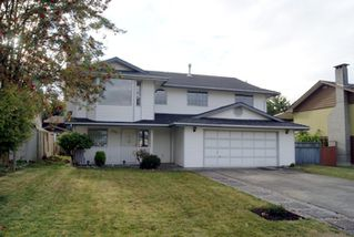 Photo 1: 7315 143RD Street in Surrey: East Newton House for sale : MLS®# F1123274