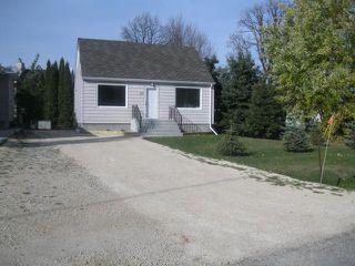 Photo 1: 39 Millfield Drive in WINNIPEG: St Vital Residential for sale (South East Winnipeg)  : MLS®# 1121256
