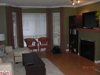 Photo 2: 5 8778 159TH Street in Surrey: Fleetwood Tynehead Townhouse for sale : MLS®# F1201106