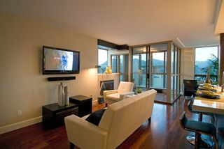 Main Photo: 3102 1238 MELVILLE Street in Vancouver: Coal Harbour Condo for sale (Vancouver West)  : MLS®# V737915