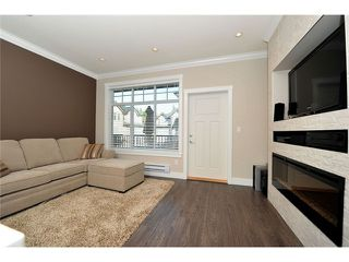 """Photo 2: 60 7090 180TH Street in Surrey: Cloverdale BC Townhouse for sale in """"THE BOARDWALK"""" (Cloverdale)  : MLS®# F1323453"""