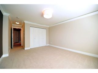 """Photo 13: 60 7090 180TH Street in Surrey: Cloverdale BC Townhouse for sale in """"THE BOARDWALK"""" (Cloverdale)  : MLS®# F1323453"""