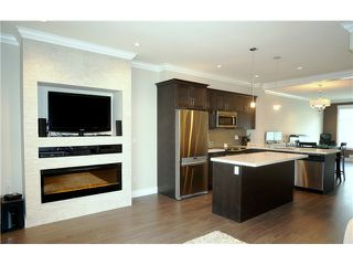 """Photo 4: 60 7090 180TH Street in Surrey: Cloverdale BC Townhouse for sale in """"THE BOARDWALK"""" (Cloverdale)  : MLS®# F1323453"""