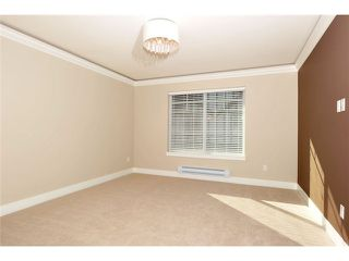 """Photo 14: 60 7090 180TH Street in Surrey: Cloverdale BC Townhouse for sale in """"THE BOARDWALK"""" (Cloverdale)  : MLS®# F1323453"""