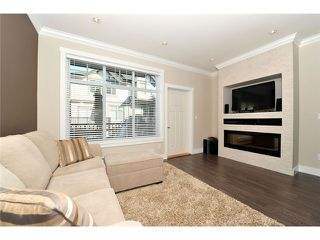 """Photo 3: 60 7090 180TH Street in Surrey: Cloverdale BC Townhouse for sale in """"THE BOARDWALK"""" (Cloverdale)  : MLS®# F1323453"""