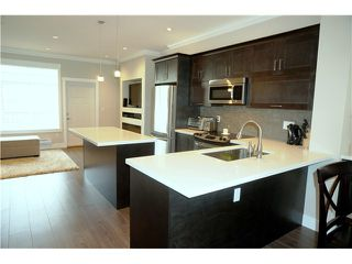 """Photo 7: 60 7090 180TH Street in Surrey: Cloverdale BC Townhouse for sale in """"THE BOARDWALK"""" (Cloverdale)  : MLS®# F1323453"""