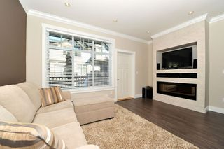 "Photo 4: 60 7090 180TH Street in Surrey: Cloverdale BC Townhouse for sale in ""THE BOARDWALK"" (Cloverdale)  : MLS®# F1323453"