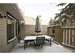 Photo 8: 175 77 GLAMIS Green SW in CALGARY: Glamorgan Townhouse for sale (Calgary)  : MLS®# C3605788