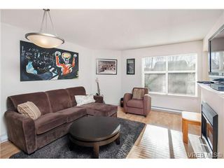 Photo 2: 111 1618 North Dairy Road in VICTORIA: SE Cedar Hill Condo Apartment for sale (Saanich East)  : MLS®# 335537