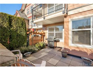 Photo 3: 111 1618 North Dairy Road in VICTORIA: SE Cedar Hill Condo Apartment for sale (Saanich East)  : MLS®# 335537