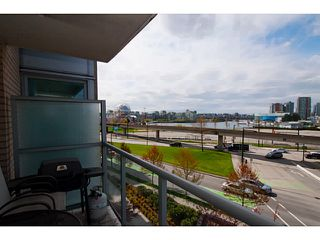 "Photo 6: 408 125 MILROSS Avenue in Vancouver: Mount Pleasant VE Condo for sale in ""Citygate at Creekside"" (Vancouver East)  : MLS®# V1058949"