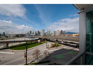 "Photo 9: 408 125 MILROSS Avenue in Vancouver: Mount Pleasant VE Condo for sale in ""Citygate at Creekside"" (Vancouver East)  : MLS®# V1058949"