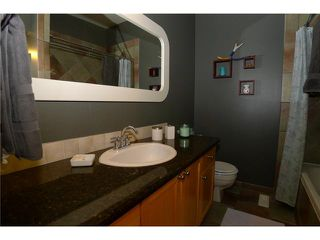 Photo 8: 18 BEAVER DAM Place NE in CALGARY: Thorncliffe Residential Attached for sale (Calgary)  : MLS®# C3611407