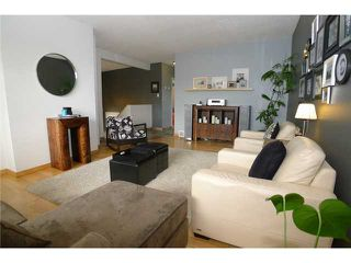 Photo 2: 18 BEAVER DAM Place NE in CALGARY: Thorncliffe Residential Attached for sale (Calgary)  : MLS®# C3611407