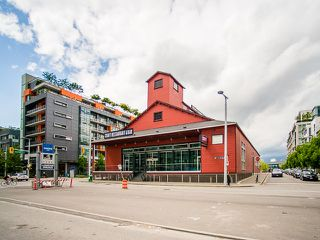 "Photo 17: 407 138 W 1ST Avenue in Vancouver: False Creek Condo for sale in ""WALL CENTRE FALSE CREEK"" (Vancouver West)  : MLS®# V1065874"