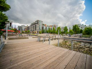 "Photo 20: 407 138 W 1ST Avenue in Vancouver: False Creek Condo for sale in ""WALL CENTRE FALSE CREEK"" (Vancouver West)  : MLS®# V1065874"