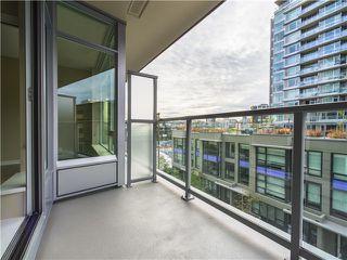 "Photo 7: 407 138 W 1ST Avenue in Vancouver: False Creek Condo for sale in ""WALL CENTRE FALSE CREEK"" (Vancouver West)  : MLS®# V1065874"