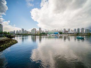 "Photo 19: 407 138 W 1ST Avenue in Vancouver: False Creek Condo for sale in ""WALL CENTRE FALSE CREEK"" (Vancouver West)  : MLS®# V1065874"