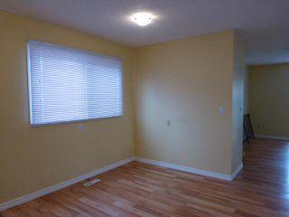 Photo 4: 43 DOVERGLEN Crescent SE in CALGARY: Dover Glen Residential Detached Single Family for sale (Calgary)  : MLS®# C3617661