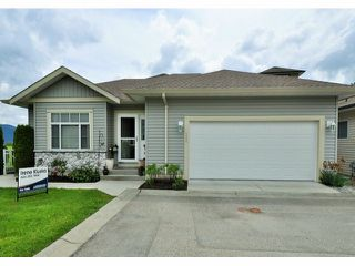 """Photo 2: 128 33751 7TH Avenue in Mission: Mission BC House for sale in """"HERITAGE PARK"""" : MLS®# F1413458"""