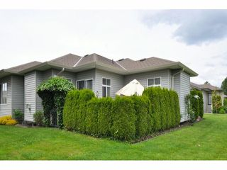 """Photo 3: 128 33751 7TH Avenue in Mission: Mission BC House for sale in """"HERITAGE PARK"""" : MLS®# F1413458"""
