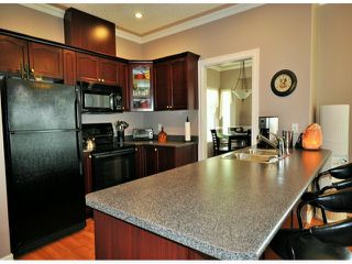 """Photo 5: 128 33751 7TH Avenue in Mission: Mission BC House for sale in """"HERITAGE PARK"""" : MLS®# F1413458"""
