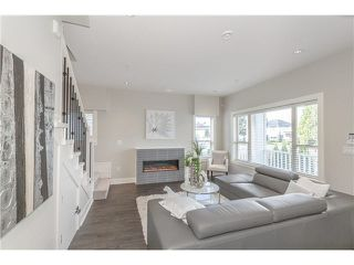 Photo 5: 1788 E 12TH Avenue in Vancouver: Grandview VE 1/2 Duplex for sale (Vancouver East)  : MLS®# V1091359