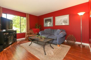 Photo 2: 515 LEHMAN Place in Port Moody: North Shore Pt Moody Townhouse for sale : MLS®# R2002399