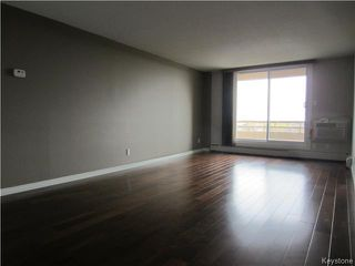 Photo 6: 180 Beliveau Road in WINNIPEG: St Vital Condominium for sale (South East Winnipeg)  : MLS®# 1526053