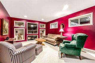 Photo 13: 15352 VICTORIA Avenue: White Rock House for sale (South Surrey White Rock)  : MLS®# R2022823