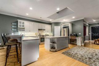 Photo 6: 15352 VICTORIA Avenue: White Rock House for sale (South Surrey White Rock)  : MLS®# R2022823