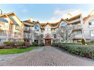 Photo 1: 304 7171 121 Street in Surrey: West Newton Condo for sale : MLS®# R2029159