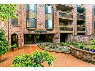 "Photo 1: PH5 2320 W 40TH Avenue in Vancouver: Kerrisdale Condo for sale in ""Manor Gardens"" (Vancouver West)  : MLS®# R2037350"