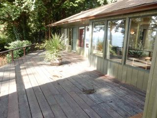 Photo 3: 8045 REDROOFFS Road in Halfmoon Bay: Halfmn Bay Secret Cv Redroofs House for sale (Sunshine Coast)  : MLS®# R2040225
