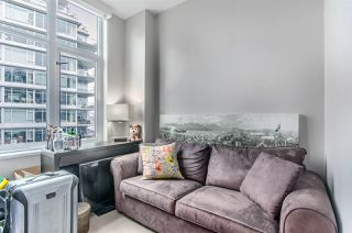 "Photo 5: 1004 181 W 1ST Avenue in Vancouver: False Creek Condo for sale in ""MILLENIUM WATERS"" (Vancouver West)  : MLS®# R2053055"