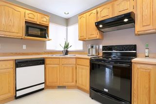 Photo 8: 6048 189A Street in Surrey: Cloverdale BC House for sale (Cloverdale)  : MLS®# R2054243